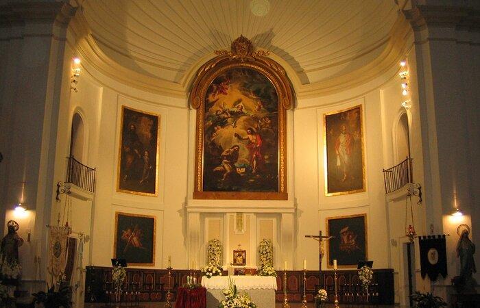 Interior Iglesia San Juan Bautista Consuegra
